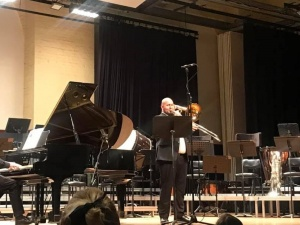 Steven Port performing
